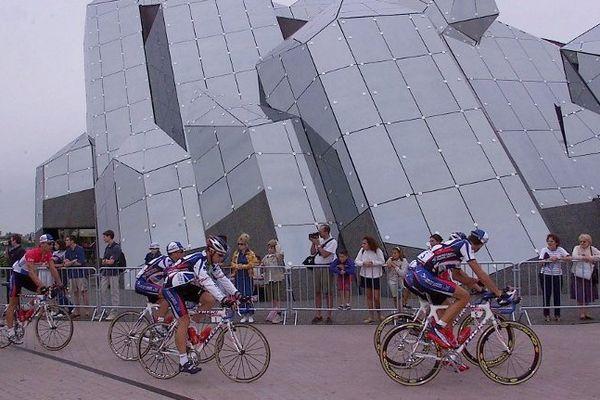 En juillet 2000, le départ du Tour de France avait été donné au Futuroscope.