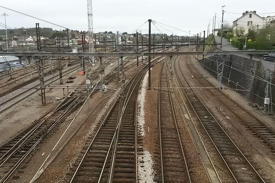 """""""On nous propose un Lyon-Libourne au lieu d'un Lyon-Bordeaux"""" : Railcoop explique les raisons du report de sa ligne"""