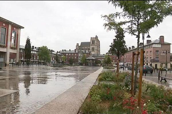 A Abbeville dans la Somme, la mairie veut taxer les propriétaires de locaux commerciaux vides.