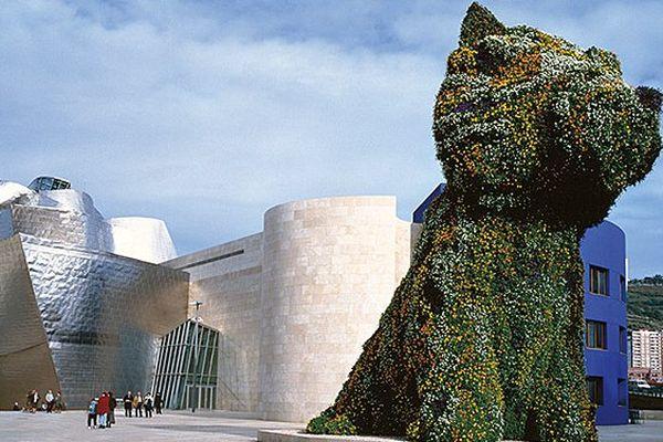 """""""Puppy"""" de Jeff Koons est devenu l'emblème culturel de la ville"""