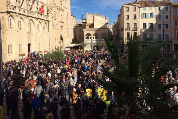 Environ 2000 personnes manifestaient à Narbonne contre un projet d'Areva.