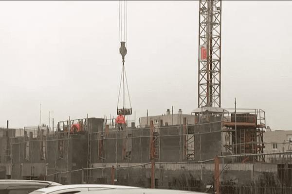 Le bâtiment et les travaux publics n'en finissent pas de subir la crise.