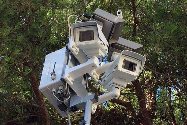 Ce radar voit si les véhicules cèdent le passage ou non aux piétons.
