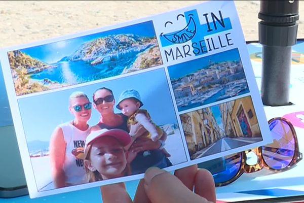 Une photo souvenir à Marseille en version carte postale personnalisée.