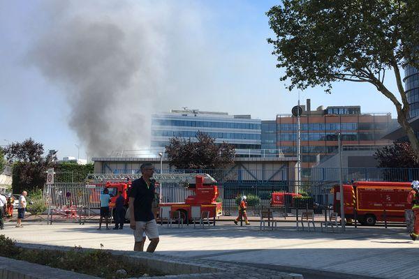 Un local EDF a pris feu à Issy-les-Moulineaux.