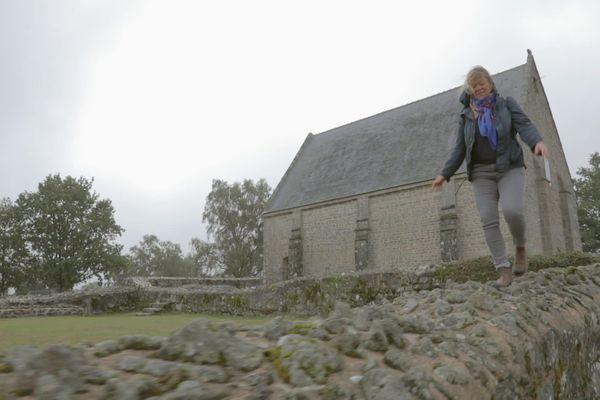 La chapelle Saint-Michel, un lieu idéal pour admirer le panorama sur les Coëvrons