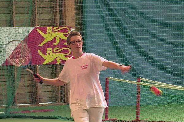 """Elodie, 40 ans, a intégré le programme """"jeu, santé et match"""" 4 mois après l'annonce de son cancer du sein."""