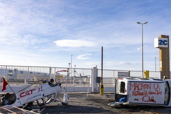 Les blocages du port de Marseille-Fos ont coûté 100 millions d'euros.