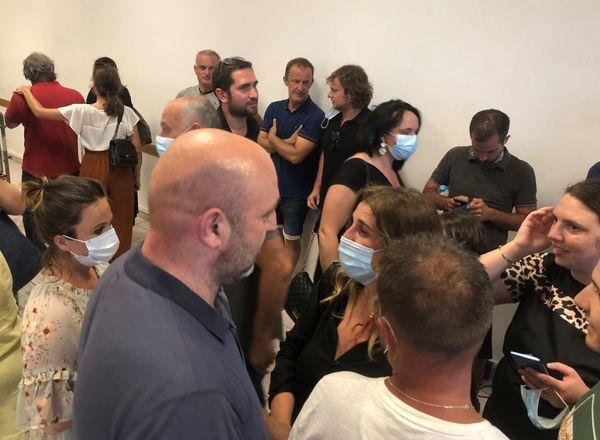 Angèle Bastiani félicitée par Lionel Mortini, président de la communauté de communes de Lisula-Balagna, et élu Corsica Libera