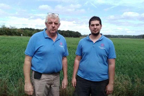 Valentin et son père, ferme GAEC Butet à Epieds (49)