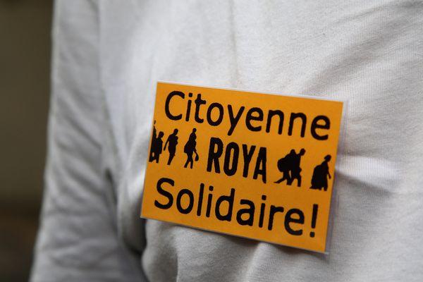 """""""La préfecture des Alpes maritimes rend impossible de déposer une demande d'asile. Nous, on se bat pour faire appliquer la loi"""", selon déclaré Suzel Prior, l'une de ses militantes."""