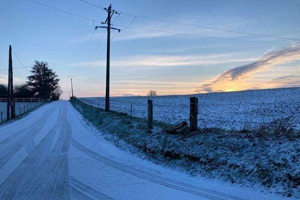 La neige ce mercredi matin dans le bocage virois