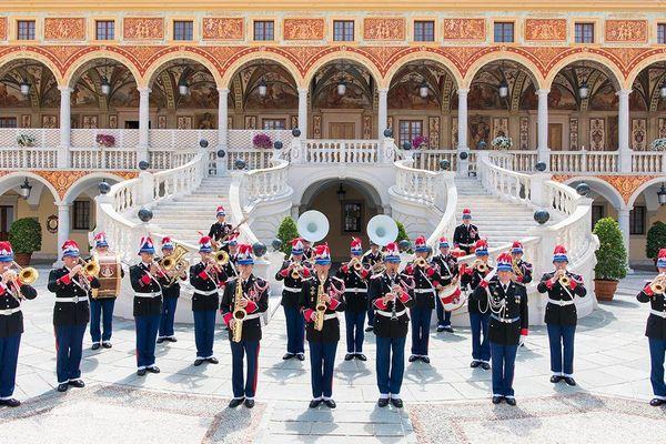 L'Orchestre des Carabiniers.