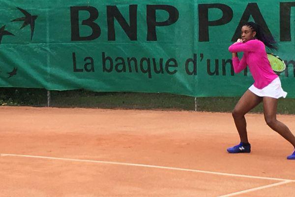 La jeune sociétaire de l'AAJ Blois a fait un bond dans le classement international junior.