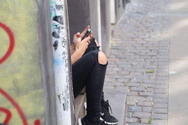 entre 15 et 17 ans, plus d'un garçon sur deux et plus d'une fille sur trois estiment que la pornographie a participé à l'apprentissage de leur sexualité