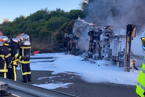 Un semi-remorque transportant de l'essence a pris feu sur l'A75 - 10.07.21