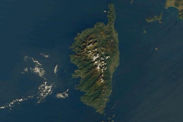 ILLUSTRATION - La Corse vue depuis le satellite Terra (EOS AM-1) le 17 décembre 2001
