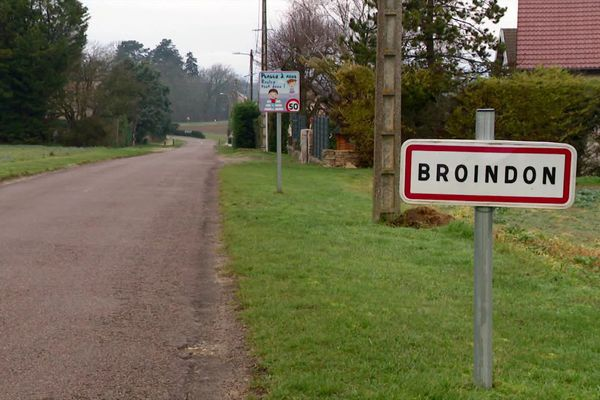 La commune de Broindon est située près de Gevrey-Chambertin, en Côte-d'Or.