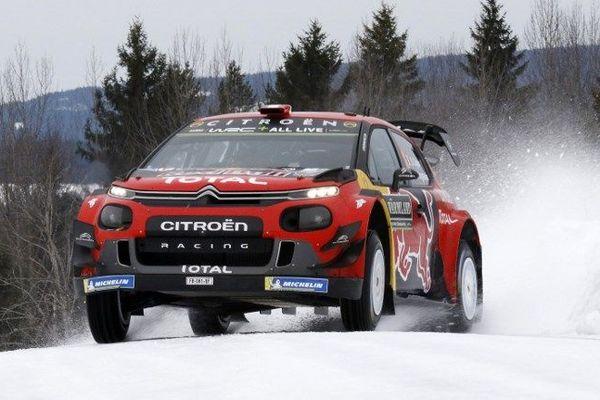 Ce vendredi, Sébastien Ogier a été contraint d'abandonner pour la journée suite à une sortie de route.