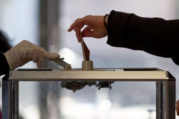 Les élections départementales et régionales sont prévues les 13 et 20 juin prochain