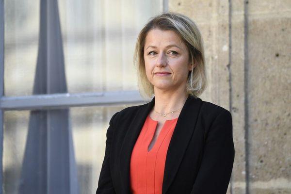 La ministre de la Transition écologique Barbara Pompili lors de la passation de pouvoir avec Élisabeth Borne mardi 7 juillet 2020