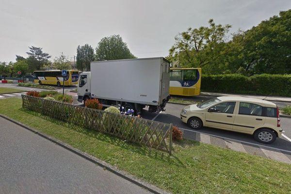 Le boulevard Jean de Grandmaison à Machecoul a été inondé dans l'après-midi de jeudi.