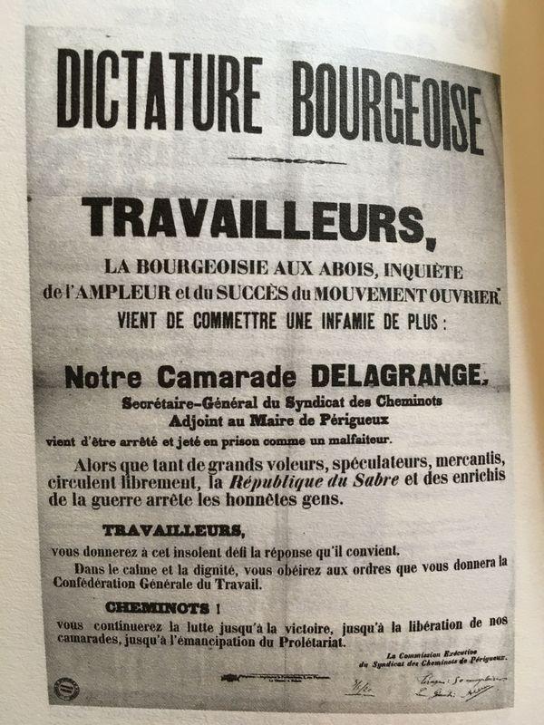 Reproduction d'un tract en réponse à l'arrestation d'un leader syndical.