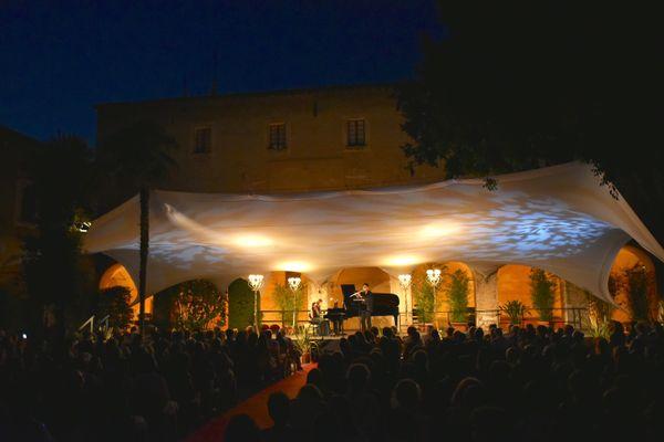 Du 20 juillet au 15 août, rendez-vous sur la scène Matisse à Nice où joueront de nombreux artistes.