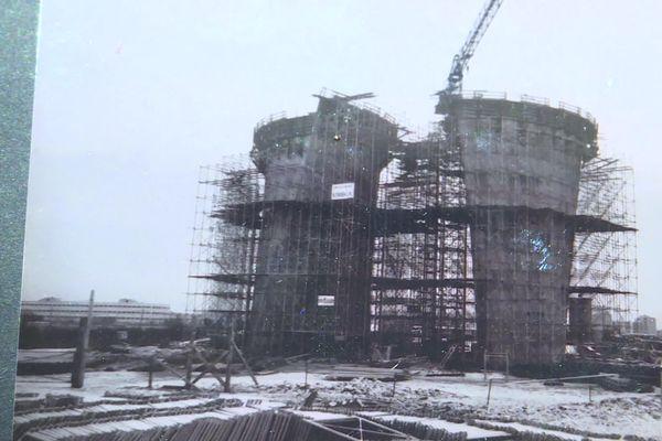 Les travaux commencés en 1969, ont été achevés en 1971.