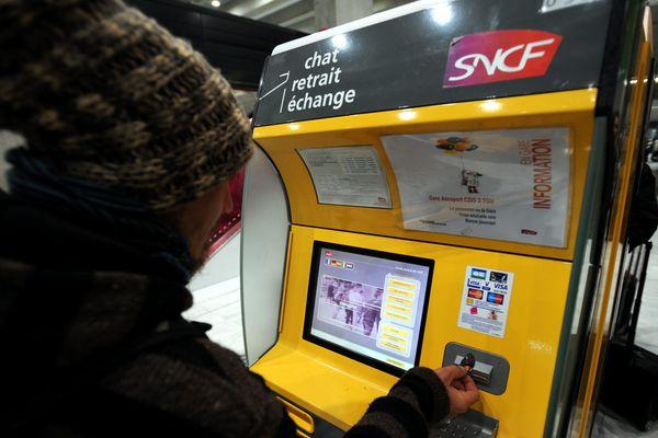 La SNCF multiplie les automates dans les gares.