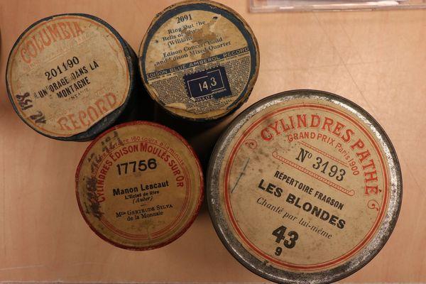 En France, Pathé a vite suivi le mouvement impulsé par Edison et Columbia.