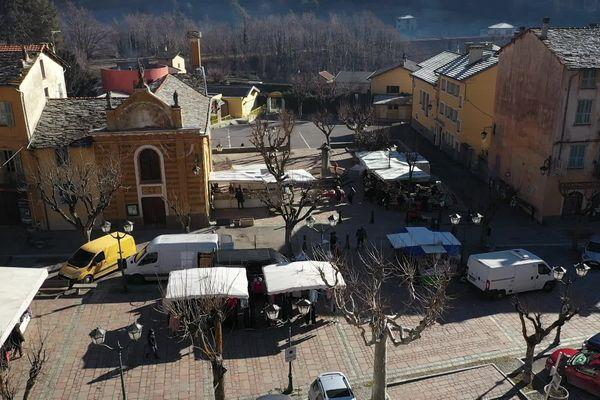 Le marché de Tende (Alpes-Maritimes), en février 2021.