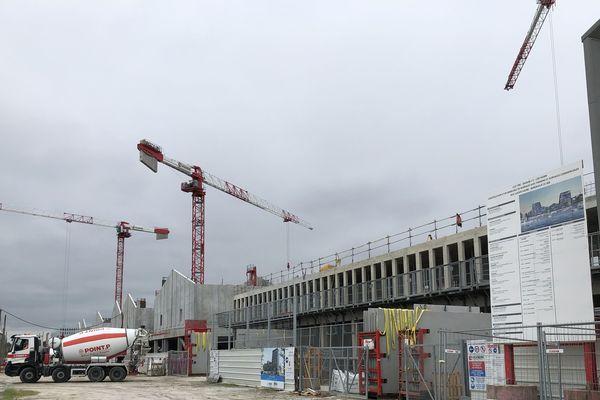 Le chantier des Bassin à Flots à Bordeaux retrouve son activité - 12 mai 2020 -