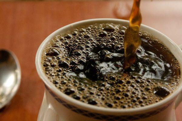 Du café, oui mais pas trop chaud ?
