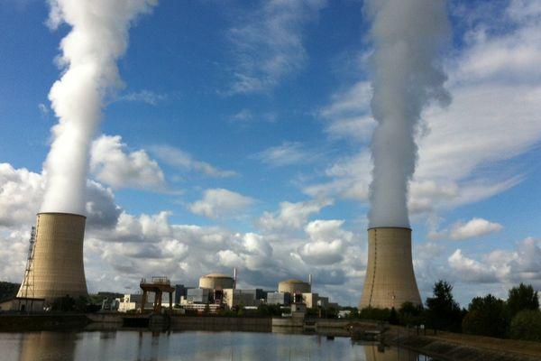 Les deux unités de production de la centrale de Golfech