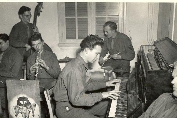 Dave Brubeck au piano avec le Wolf Pack