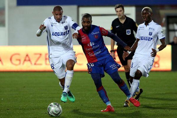 Le Gazélec-Ajaccio (15e, 32 pts) a battu Auxerre 3 à 1, vendredi pour la 32e journée de L2.