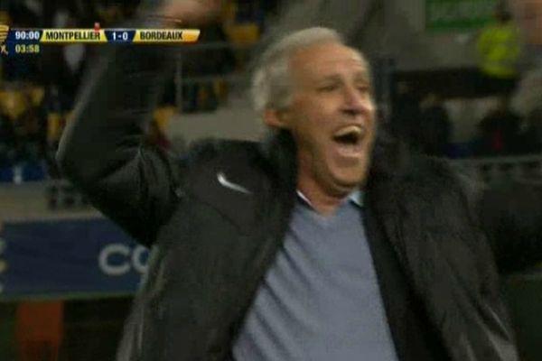 Montpellier - la joie de René Girard au coup de sifflet final - Le MHSC est qualifié en 1/4 de la coupe de la ligue - 31 octobre 2012.