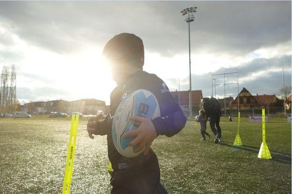 Le club de rugby d'Illkirch-Graffenstaden parmi les 3 clubs labellisés 3 étoiles de France