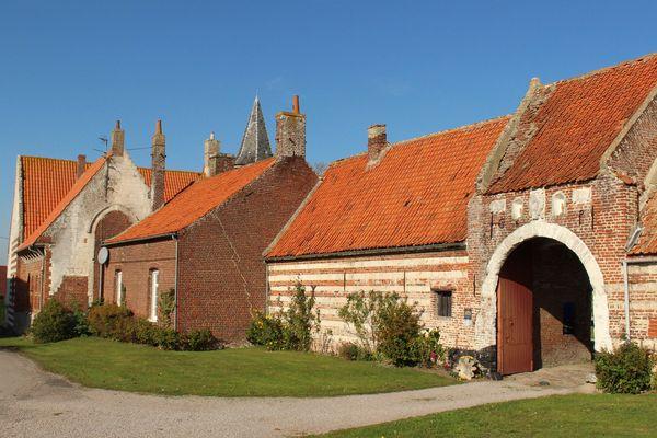 Le corps de ferme de l'abbaye de Clairmarais