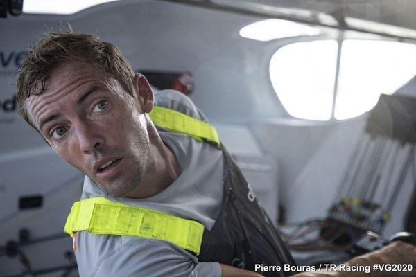 Charlie Dalin victime d'une avarie — Vendée Globe