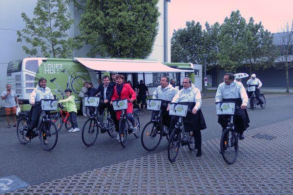 250 VAE (vélos à assistance électrique) sont proposés à la location dans Strasbourg.