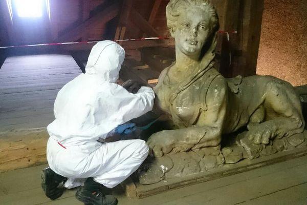 Toutes les sculptures de Notre-Dame sont depoussiérées