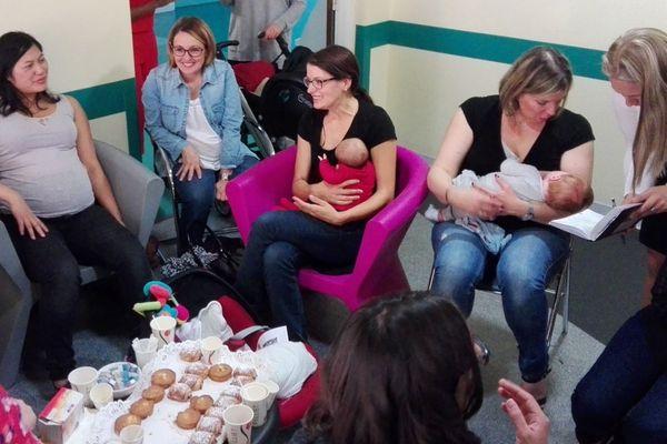 Dans le cadre de la semaine mondiale de l'allaitement maternel, la clinique privée la Châtaigneraie de Beaumont dans le Puy-de-Dôme organisait mardi 17 octobre une journée de sensibilisation et d'information.