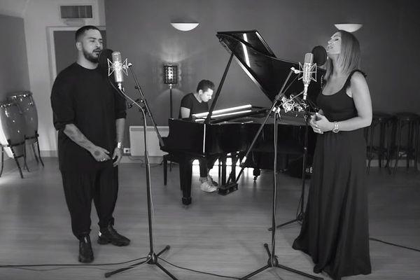Les chanteurs Slimane et Vitaa rendent hommage à Maëlys