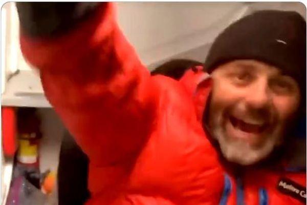 Yannick Bestaven a exprimé sa joie dans un vidéo postée sur Internet.