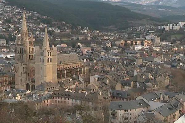 La ville de Mende en Lozère, vue générale.