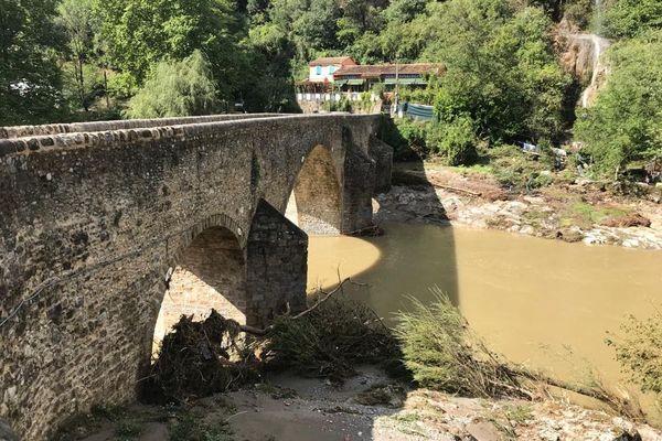 Le pont de la cascade à Saint Julien de la Nef où a été retrouvé le corps de l'infirmière disparue.