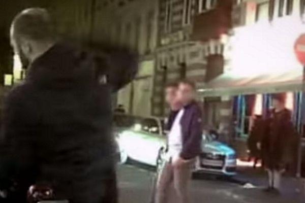 """Les prévenus sont poursuivis pour violences aggravées, pour avoir frappé une jeune fille dans la rue Massena à Lille. Séquence filmée en caméra cachée dans le documentaire """"Generation Hate"""" diffusé sur Al-Jazeera."""