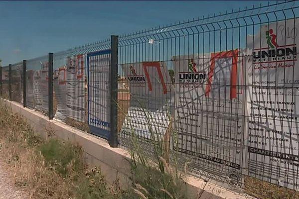 Le lotissement Parc Monteillet à Villeneuve-lès-Maguelone a reçu un permis de construire mais la justice bloque sa construction dans une zone protégée.